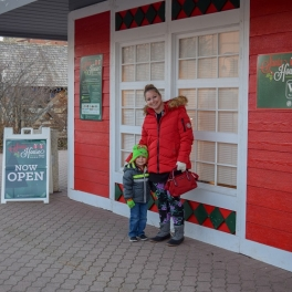 Reservations for Special Nights at Santa House Now Available